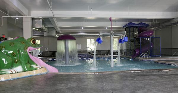 Holiday Inn At Polaris Awesome Pool Water Recreation