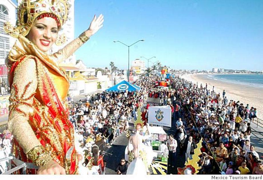 Mazatlán, México, se celebra la tercera del mundo Carnaval (después de la Conferencia de Río de Janeiro y Nueva Orleans Mardi Gras).