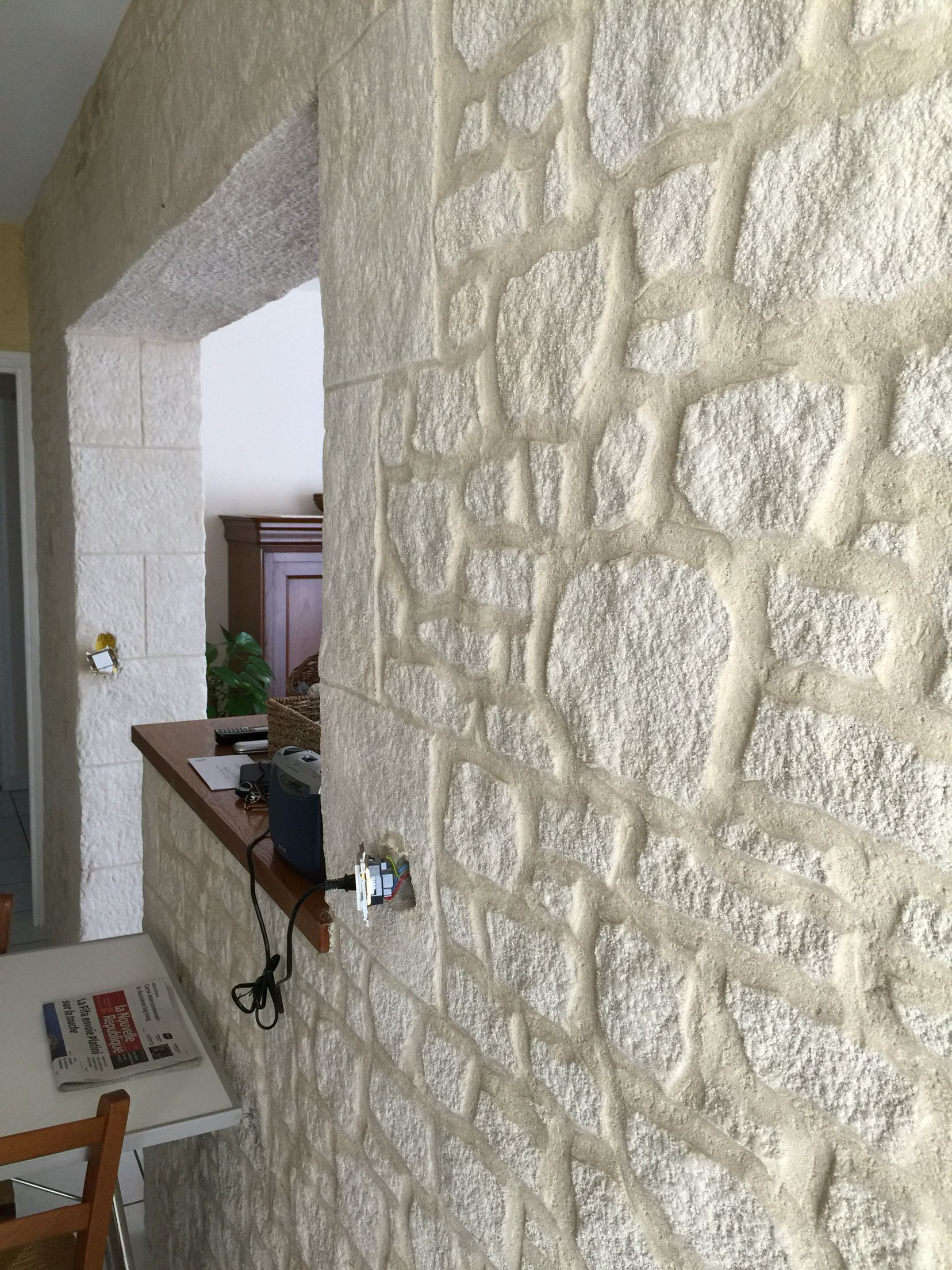 Fausse Pierre Deco Interieure En Enduit Sculpte Parement Mural Interieur Deco Mur Parement Pierre Interieur