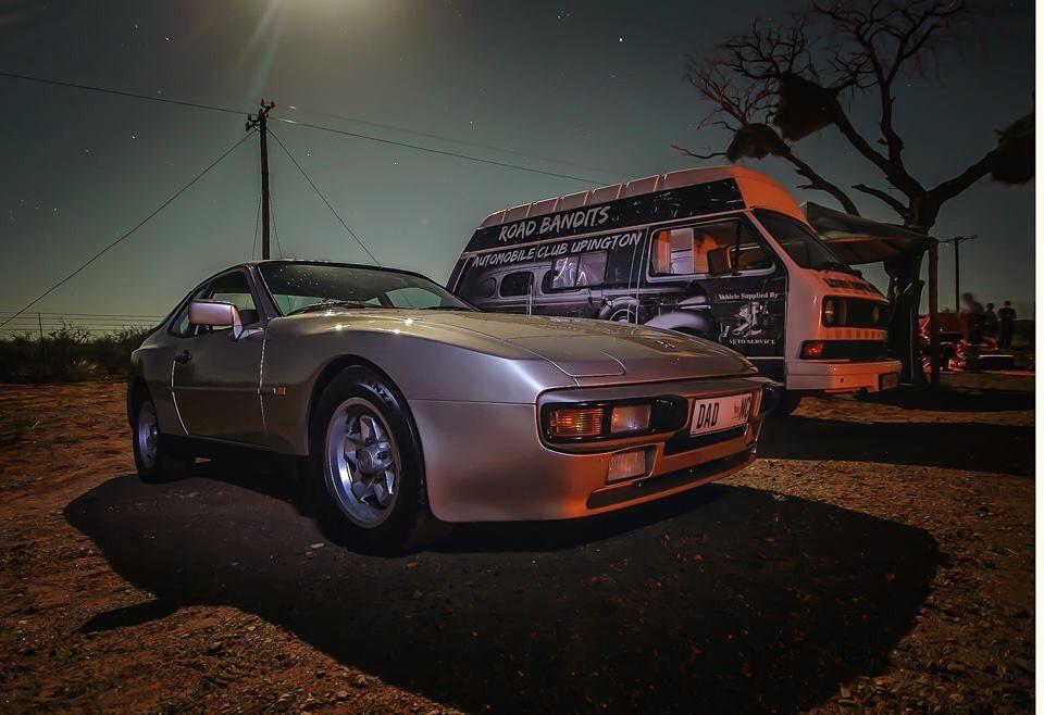 Road bandits Porsche 944