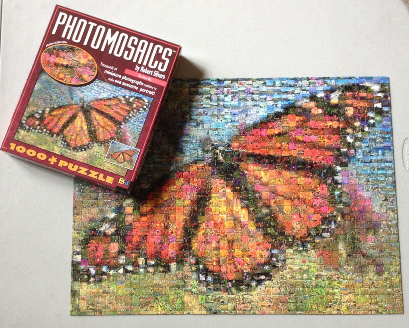 Photomosaic butterfly puzzle 1026 pieces butterfly