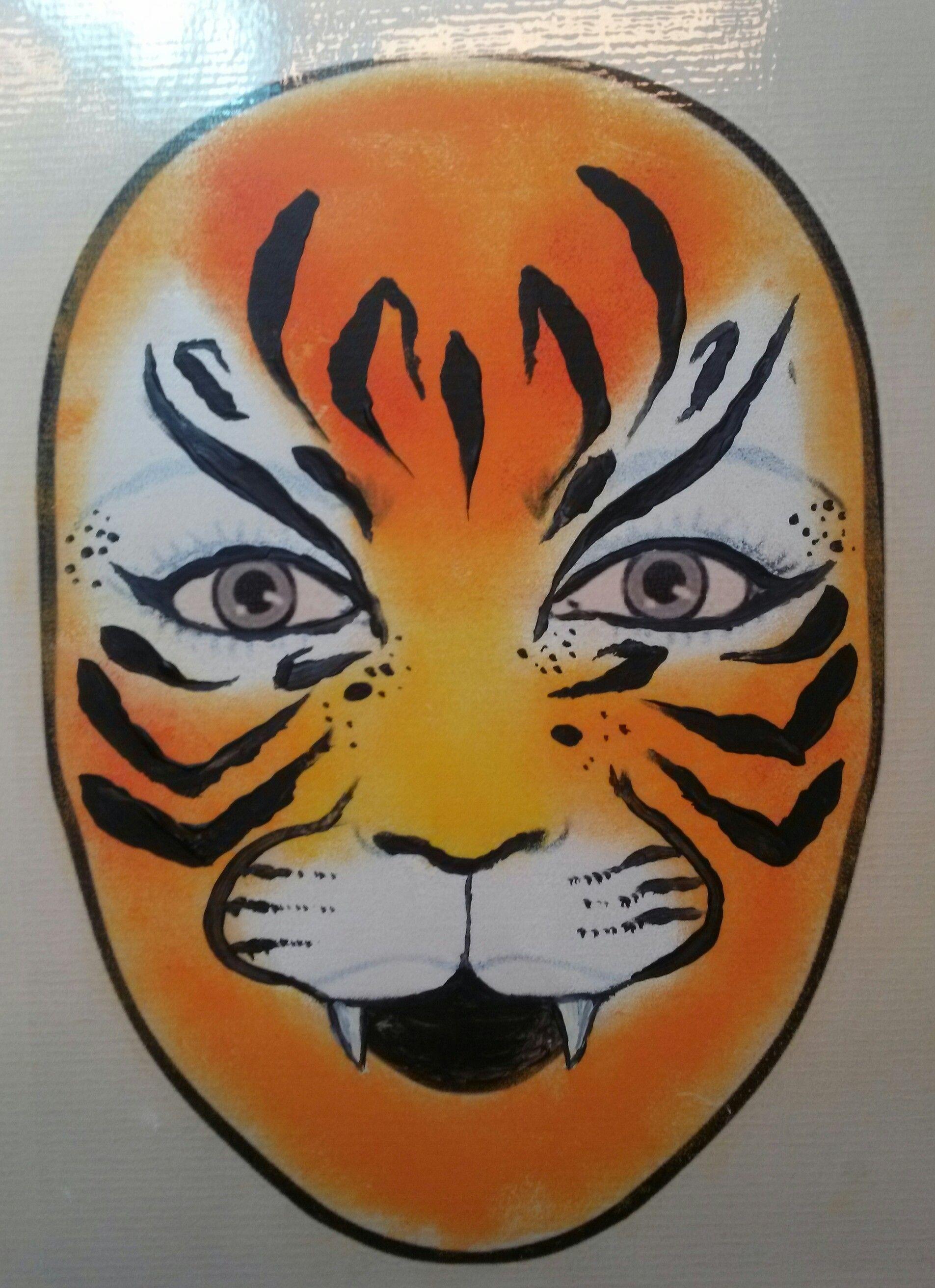 Tijger geoefend op een gelamineerd gezicht creative pinterest oefeningen - Geschilderde bundel ...