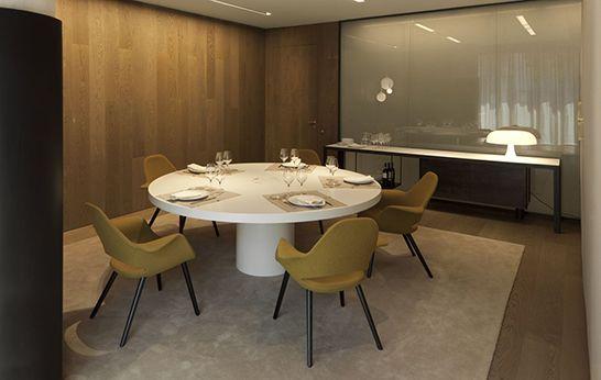 Organic Chair by Eero Saarinen Charles Eames YXCZ