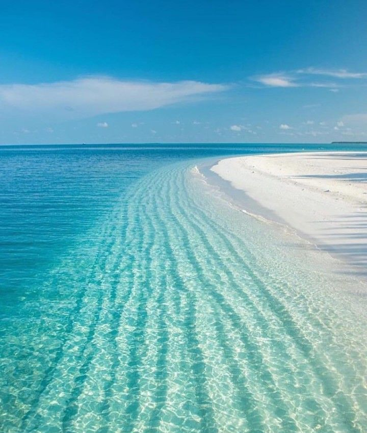 Crystal Clear Water, Beautiful Blue Sky, White Sand Beach