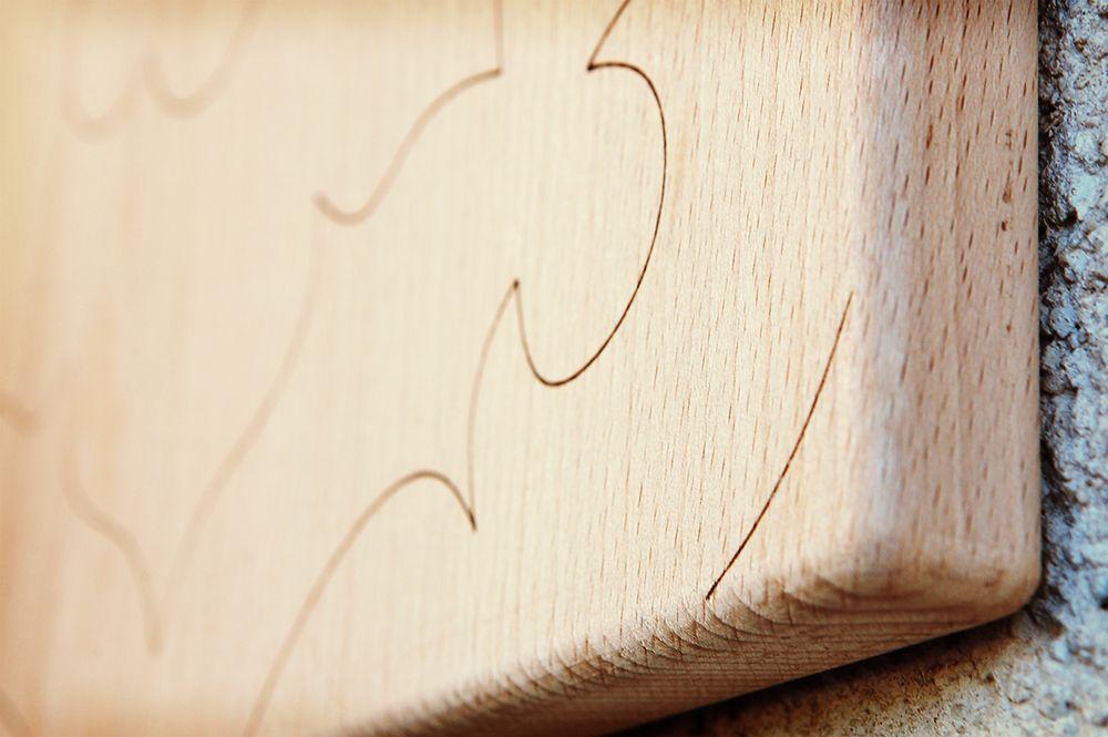 Il disegno dei taglieri della collezione ¨le maioliche¨ si ispira ad