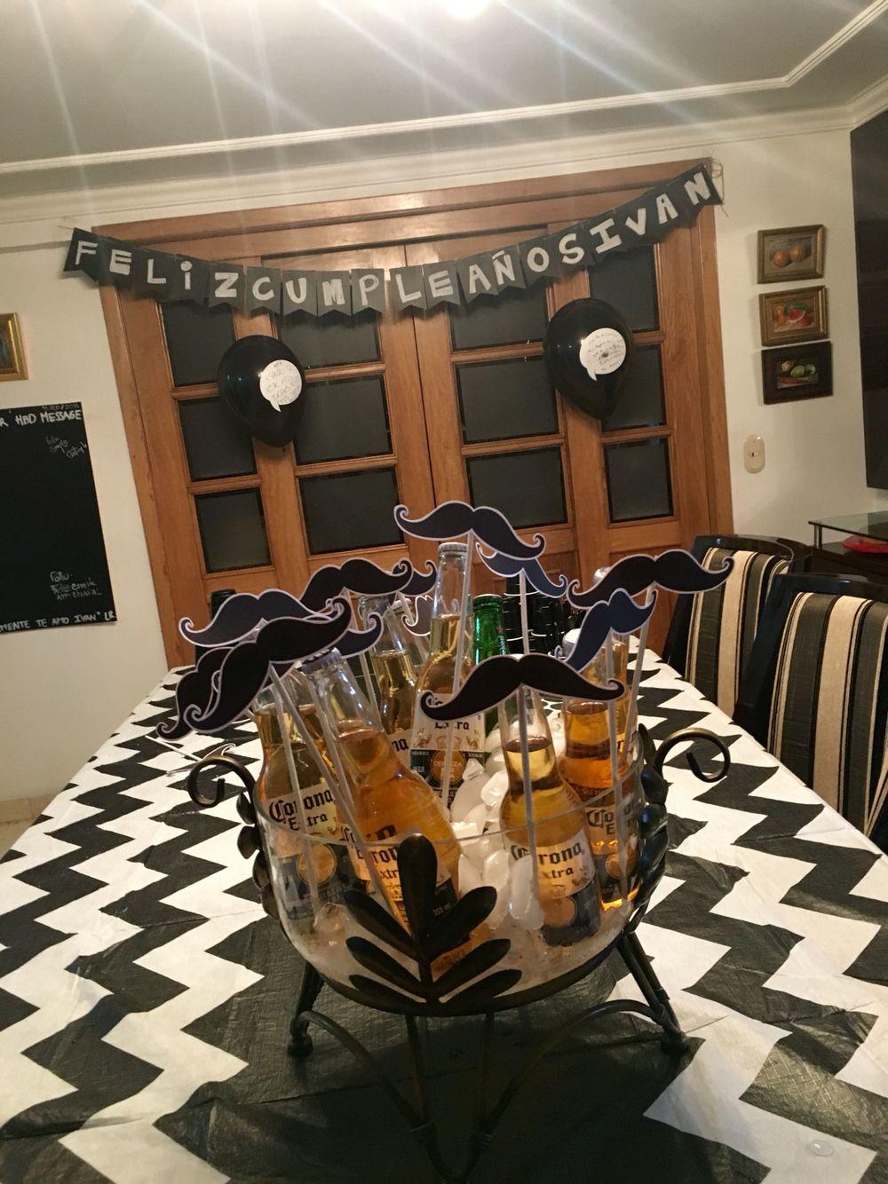 Decoraci n cumplea os hombre hogar pinterest fiestas for Decoracion de cumpleanos adultos