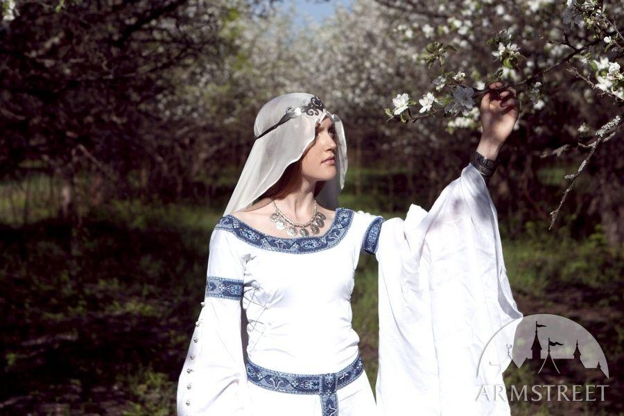 "Medieval Veil  ""White Swan"""