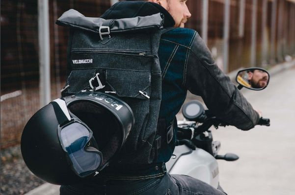 www.lord-biker.fr : Sac à dos Velomacchi back pack ! #sac #moto #casque #homme #motard #distinguished #dgr #caferacer #biker