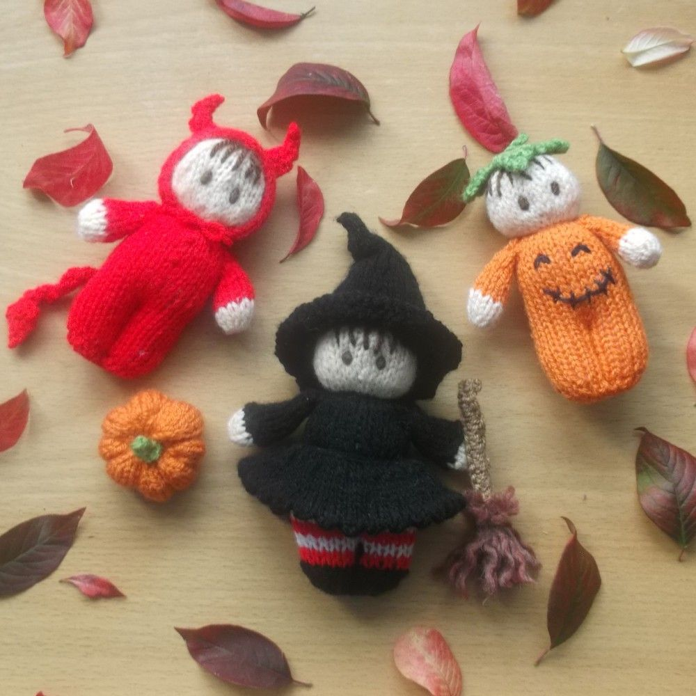 Halloween Witch Bitsy Baby Knitting Pattern
