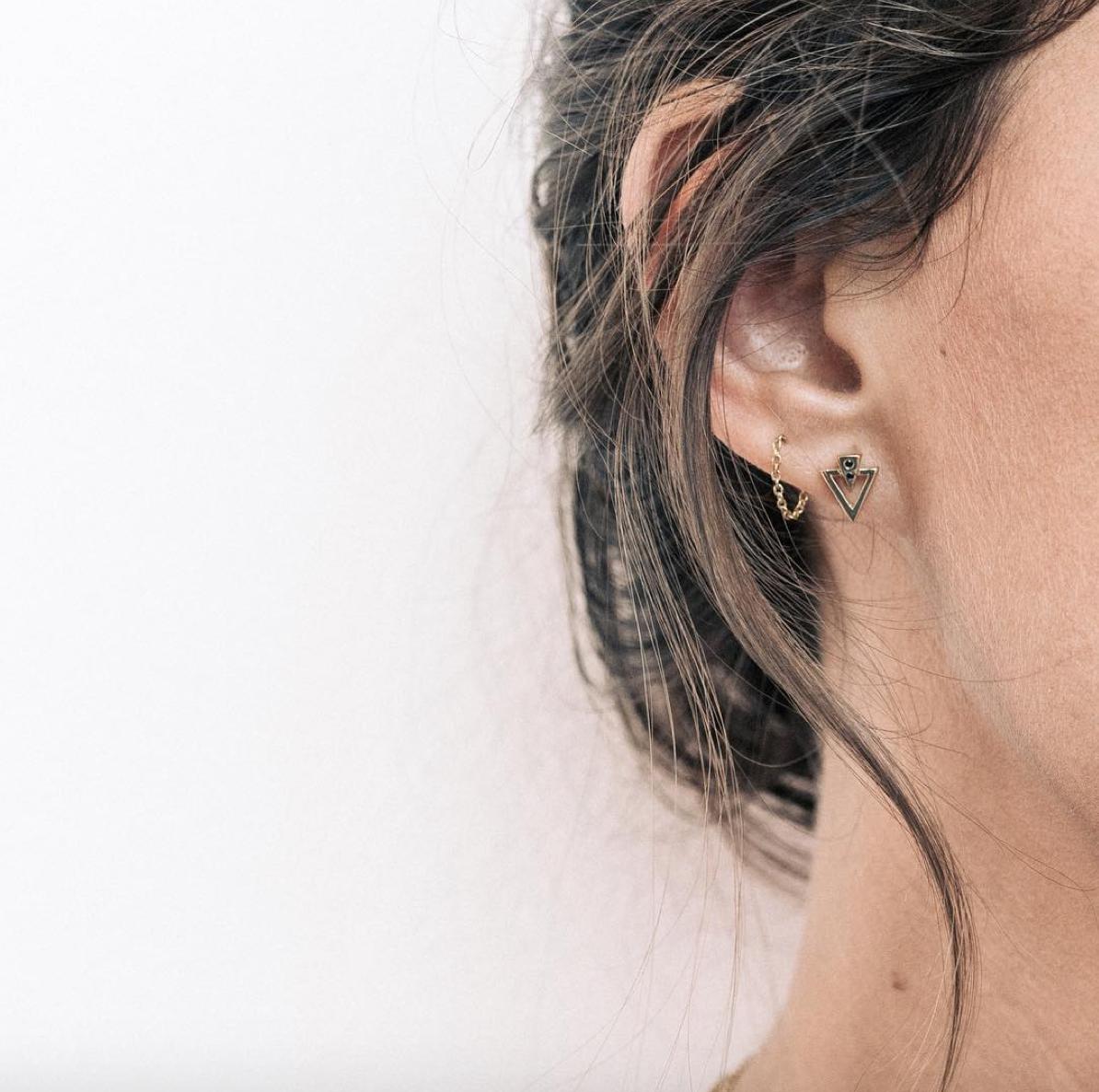 396ff6f4b Boucles doreilles desous de lobes argent - silver under lobe earrings from  www.stonance.com | 页面风格 | Earrings, Pearl Earrings, Diamond Earrings