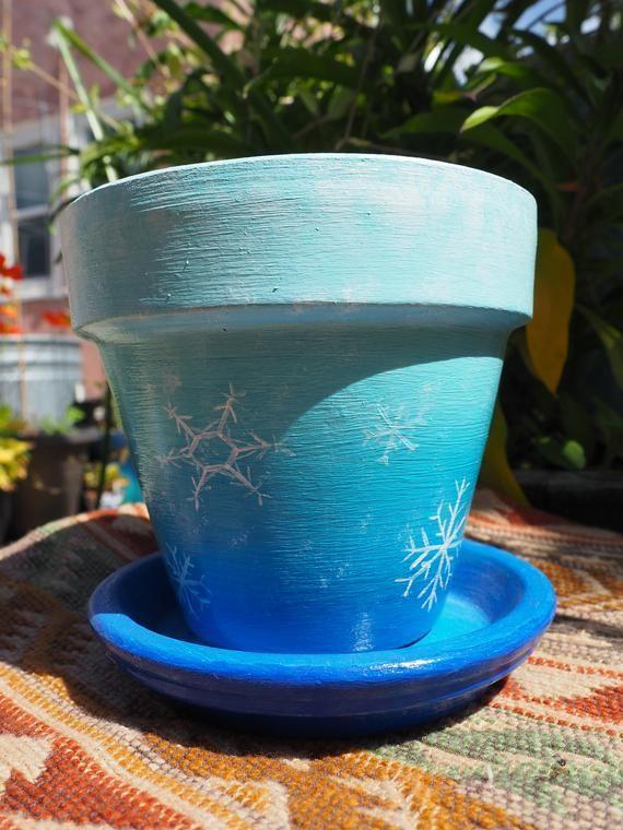Frozen Flurry Hand Painted 4 Standard Planter Pot Flower Pot Garden Decor Snowflake Blue And Wh Flower Pots Planter Pots Garden Decor