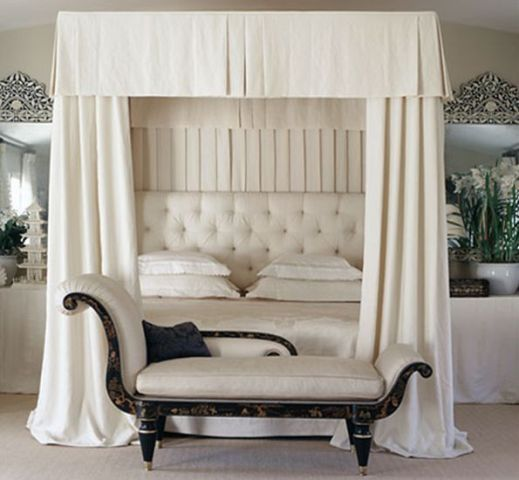 Loving This All White Canopy Bed With Tufted Headboard Dekoration Pinterest