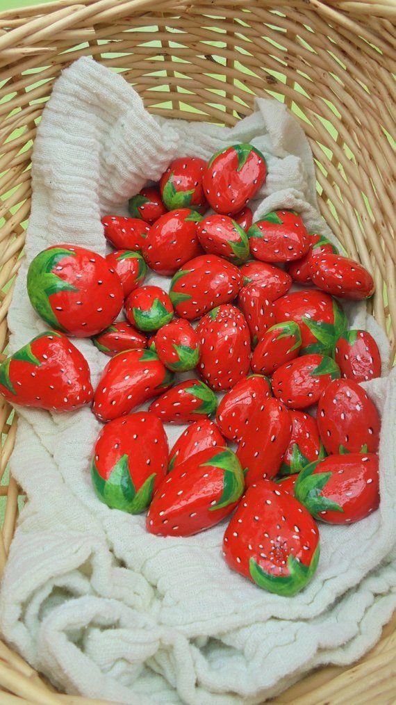 Painted Stones Strawberry #bemaltesteine Bemalte Steine Erdbeere | Etsy