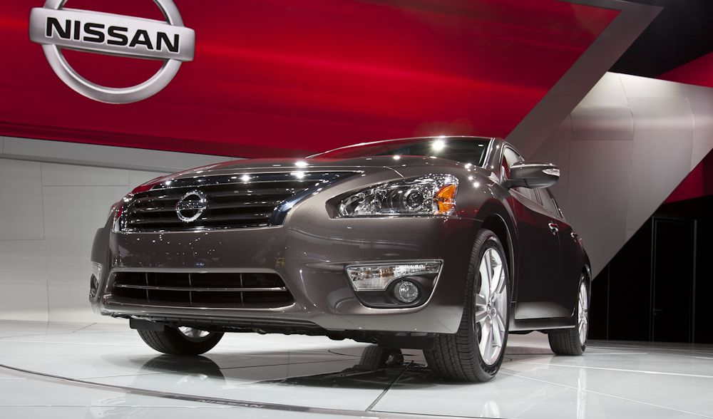 2013 Nissan Altima features a large blackpainted grille