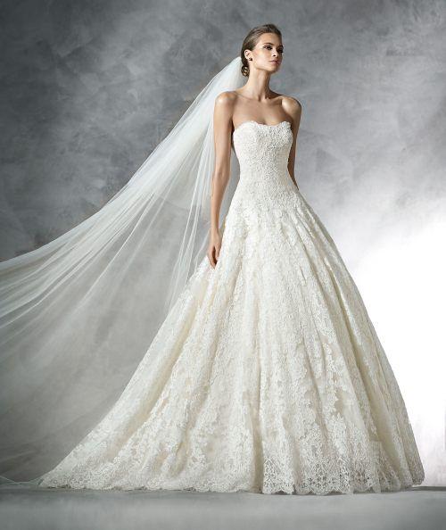 f402423ac93 10 Amazing Wedding Dresses