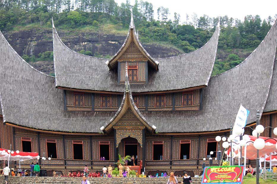Wonderful Indonesia - Istano Basa Pagaruyung: Ikon ...
