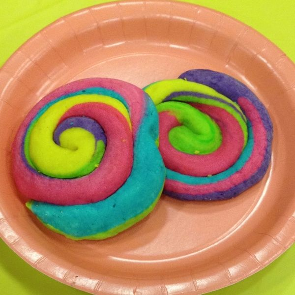 Dr Seuss cookies http://bit.ly/HuTJ6X nikkiwilli