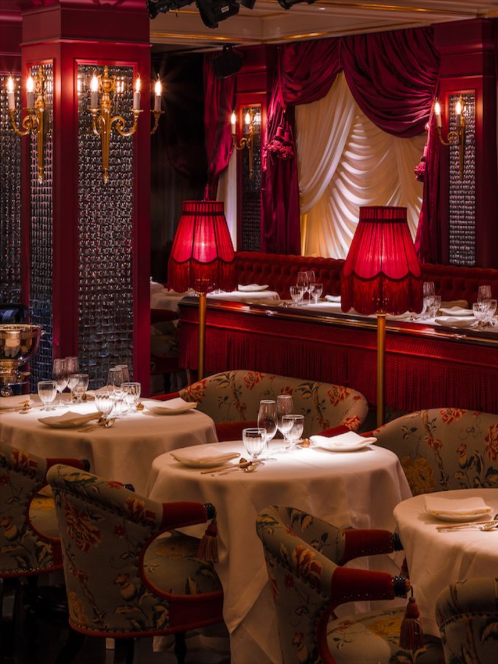 13 Of The Best Chinese Restaurants In London Suitcase Magazine In 2020 Chinese Restaurant Best Chinese Restaurant London Restaurants