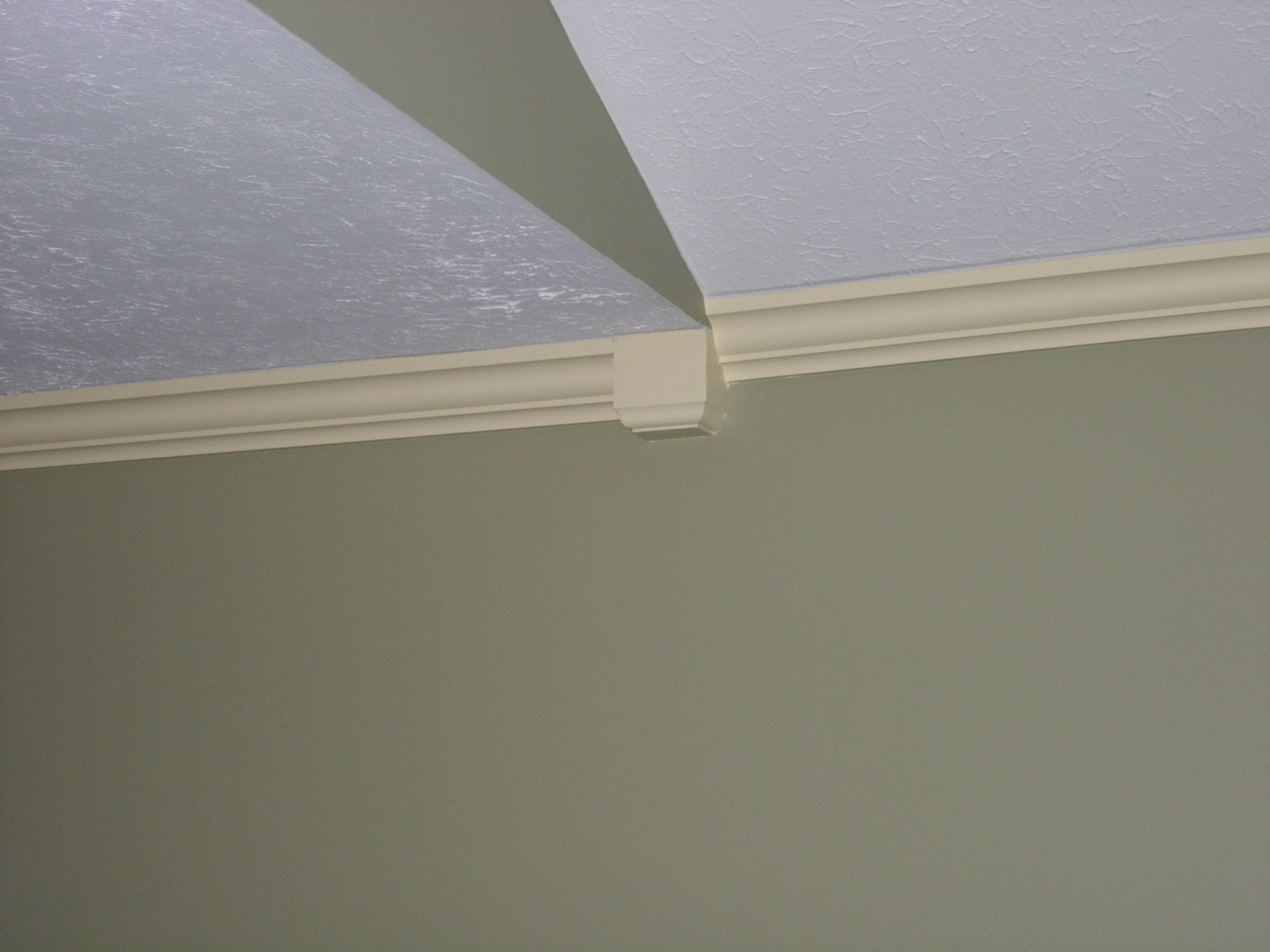 Arched Crown Moulding Crown Molding Vaulted Ceilings How To Make A Crown Molding