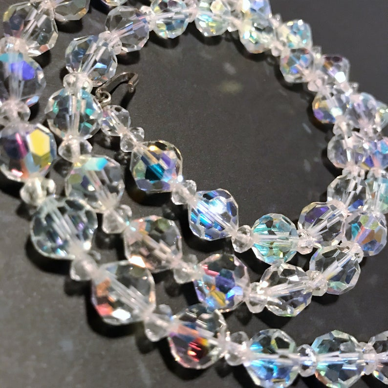 Vintage Necklace Multifaceted Glass Aurora Borealis Rainbow Stones Gold tone metal