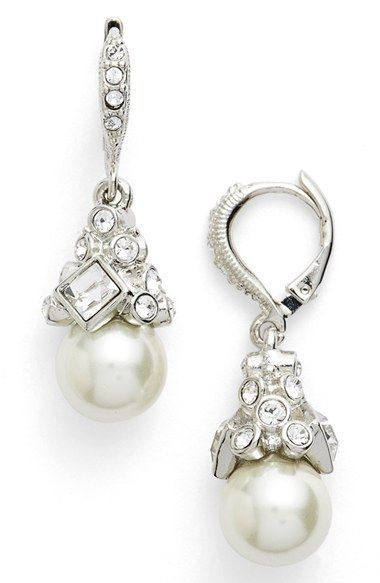 Free Shipping And Returns On Givenchy Imitation Pearl Drop Earrings At Nordstrom Add A Touch Of Glamour To Your Nine Five Wardrobe