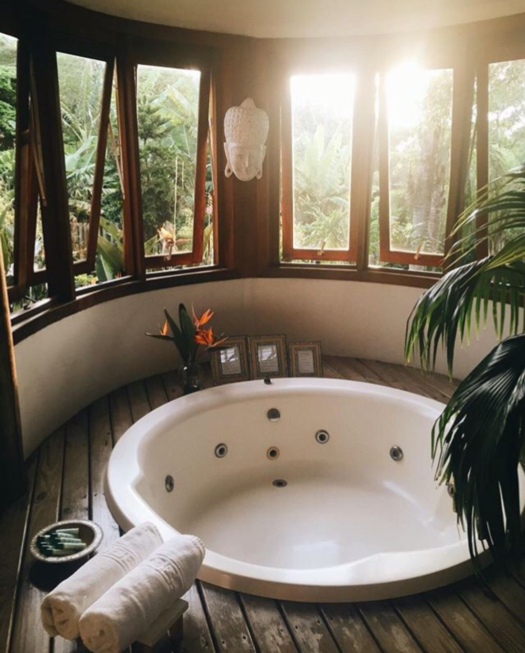 Badezimmer jacuzzi dekoration ideen pin by ban on so fresh and so clean  pinterest  nuggwifee