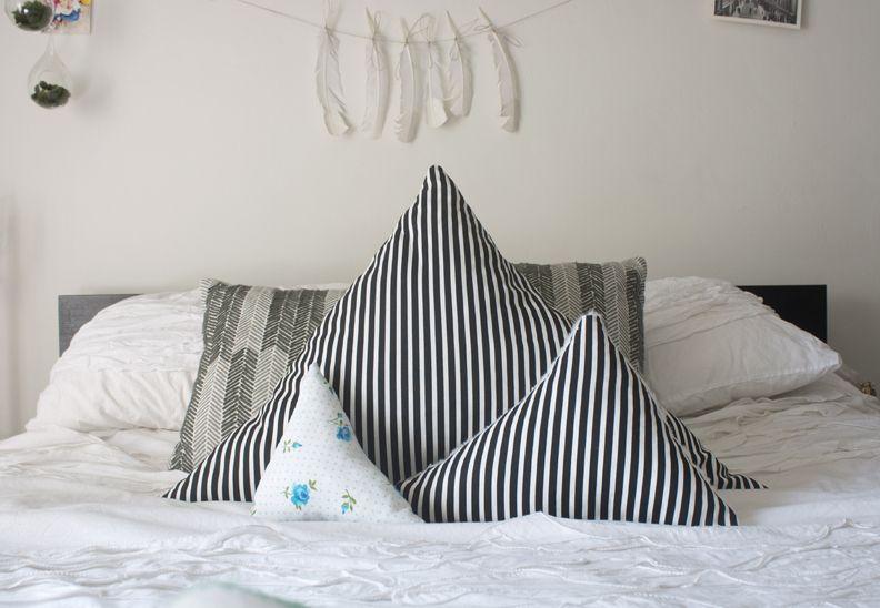 DIY Triangular Pillow