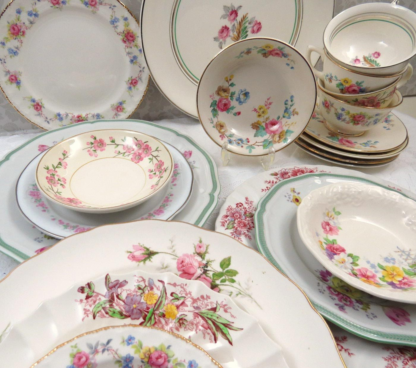 20 pc mismatched dinnerware set service for 4 in vintage fine china dinner - China Dinner Plates