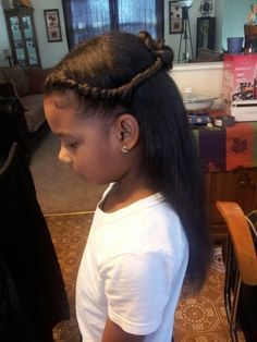 Princess natural hairstyle for little girls