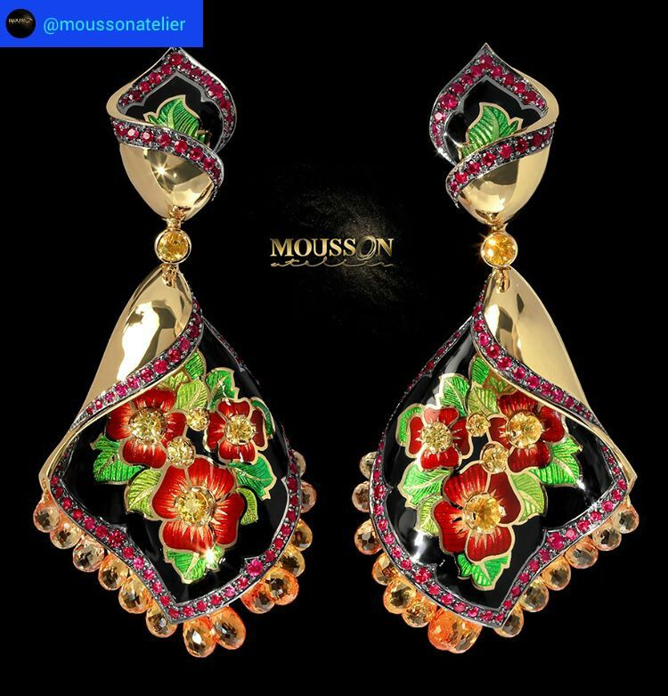 Mousson Atelier is happy to presents a new glorious earrings . You will definitely enjoy the Russian ornaments embodied in our jewelery collection