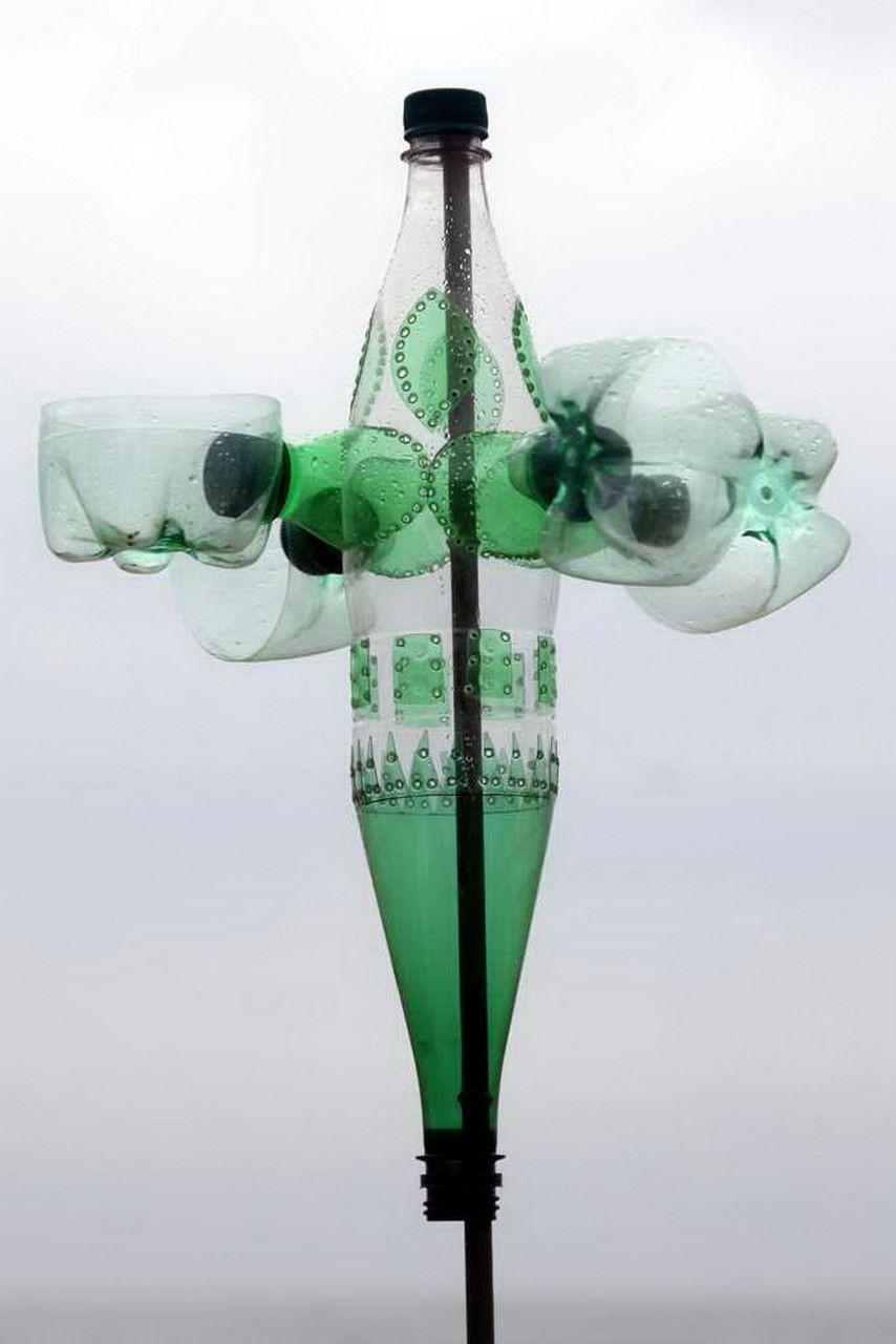 Plastic Bottle Sculpture Gloucestershire Resource Centre Http Www Grcltd Org Scrapstore Moulin A Vent Bouteille Plastique Art Cinetique