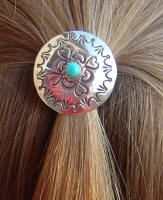 Concha hair clip