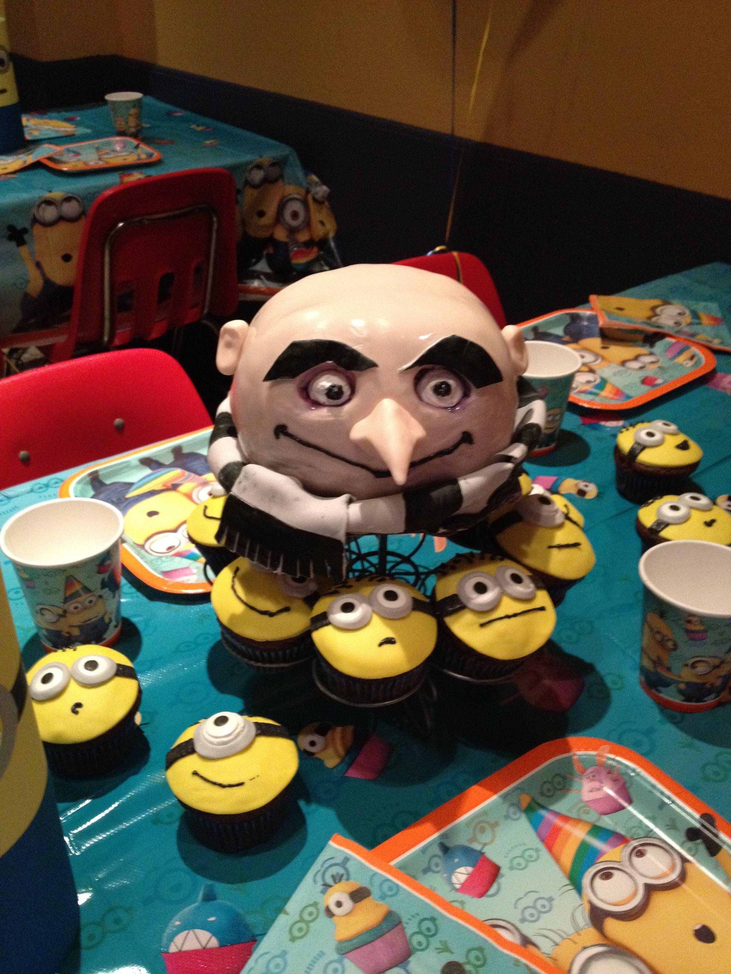Minion cupcakes and Gru cake!   Minion birthday party   Pinterest