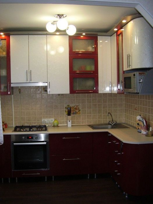 кухня в хрущевке 6 квм дизайн с холодильником и газовой колонкой фото 2