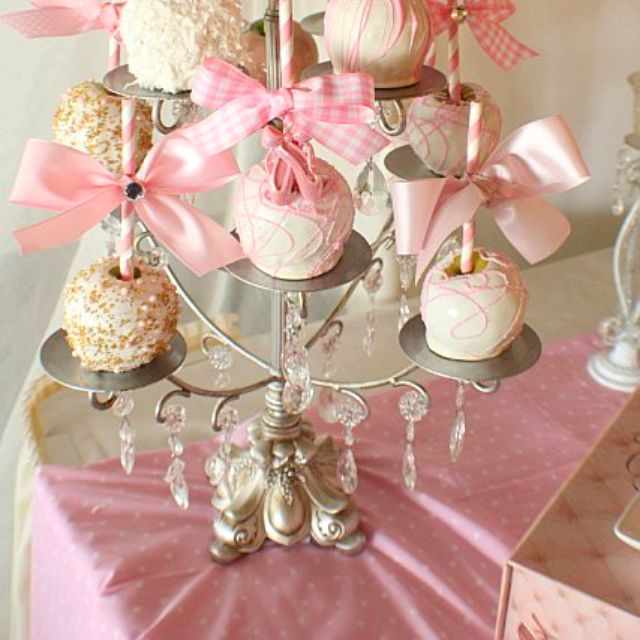 These Candy Apples Are Perfect For Any Princess Baby Shower Or A