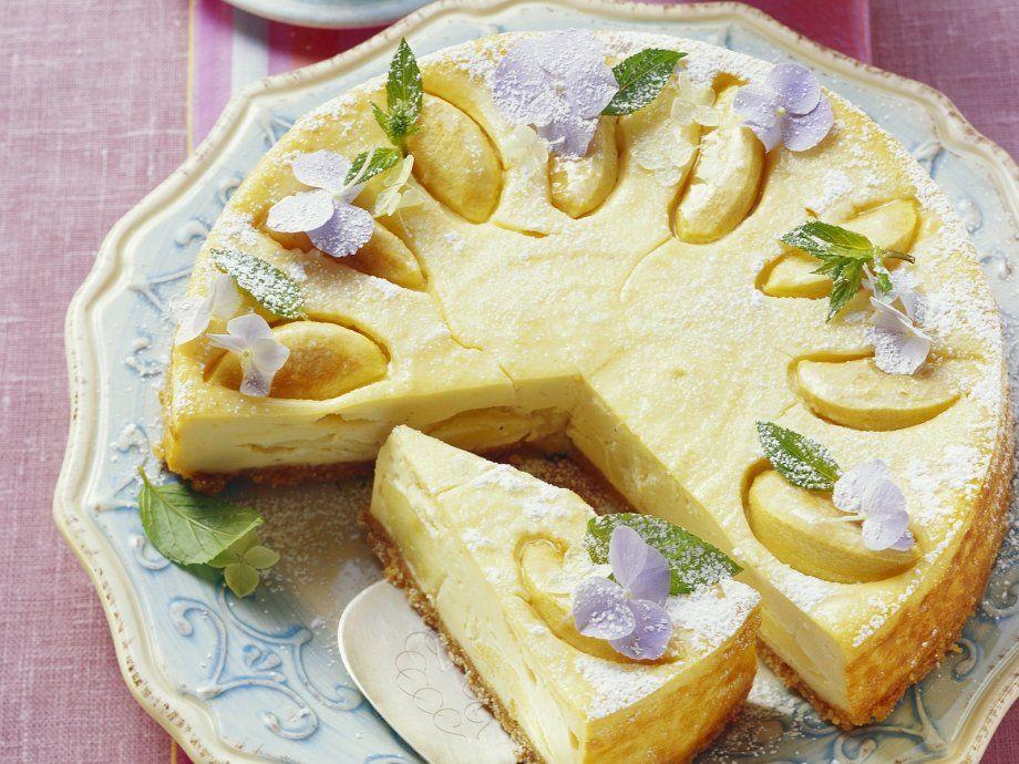 Rezept: Käsekuchen mit Äpfeln und Krümmelboden