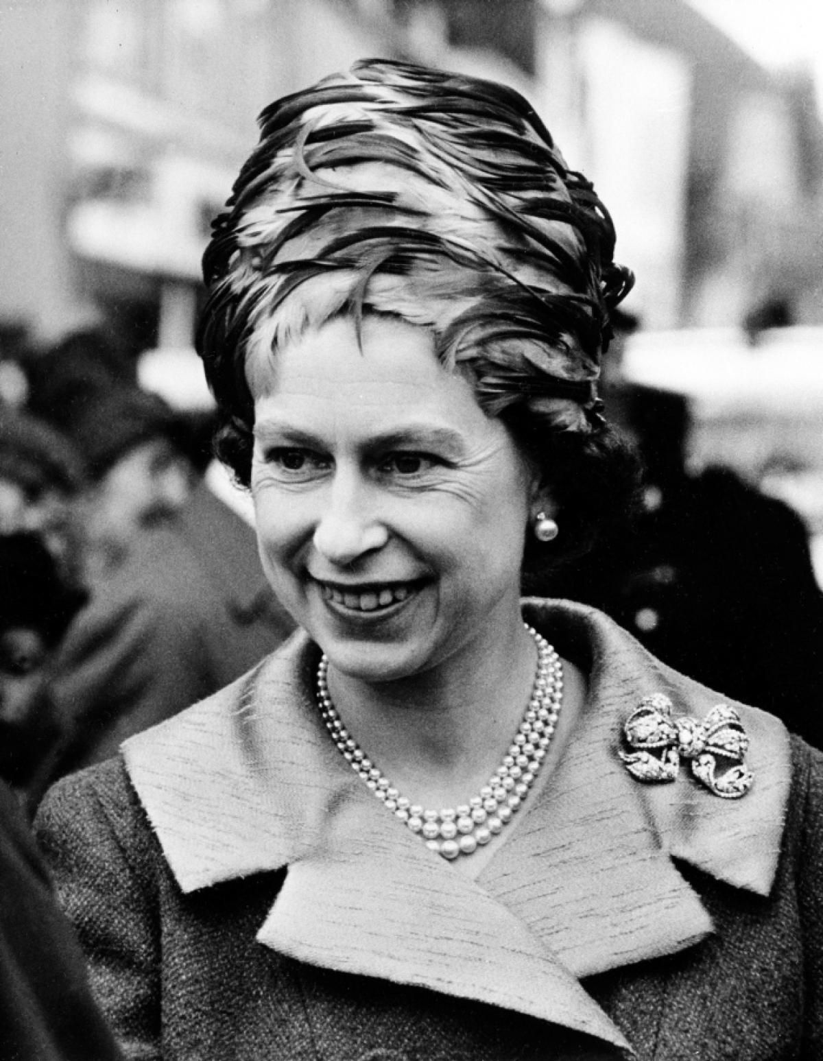 the life and reign of queen elizabeth ii The formal proclamation of elizabeth's reign as her majesty queen elizabeth ii was held on feb 8 1952, two days after her father's death.