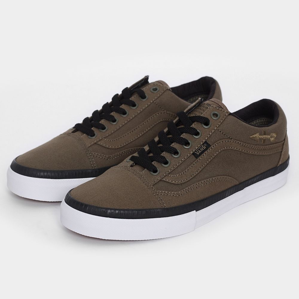 550ceb8209d127 Vans Syndicate Old Skool 026 Eric Dressen