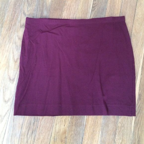 H&M burgundy spandex skirt Mini spandex skirt.  Worn once H&M Skirts Mini