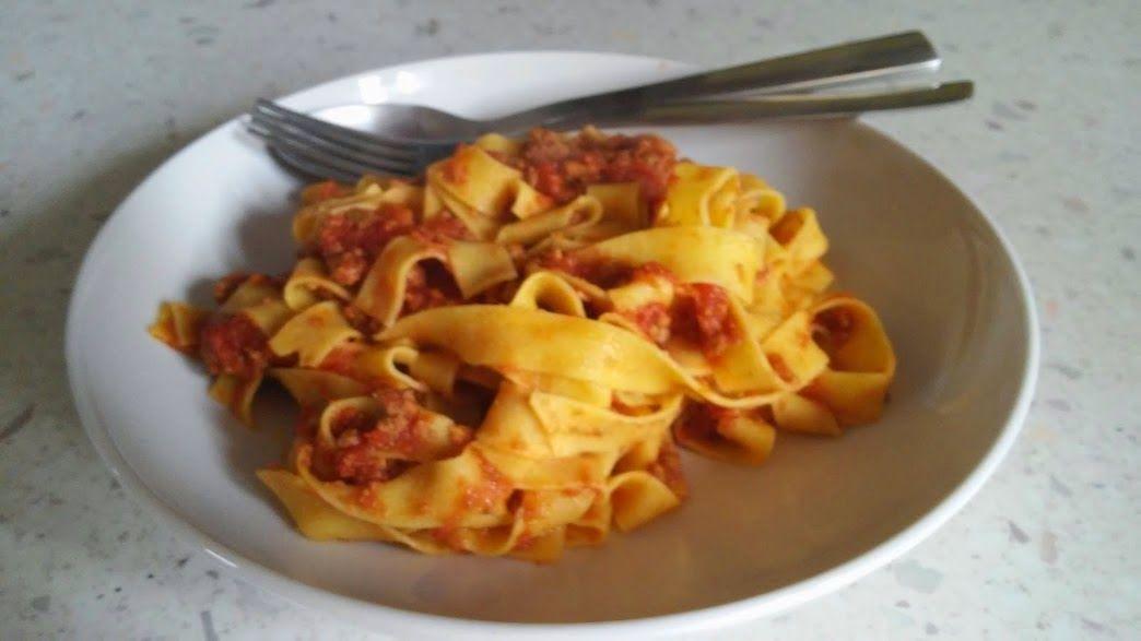 Bolognese saus!  Cucina Casalinga: Tagliatelle al ragù