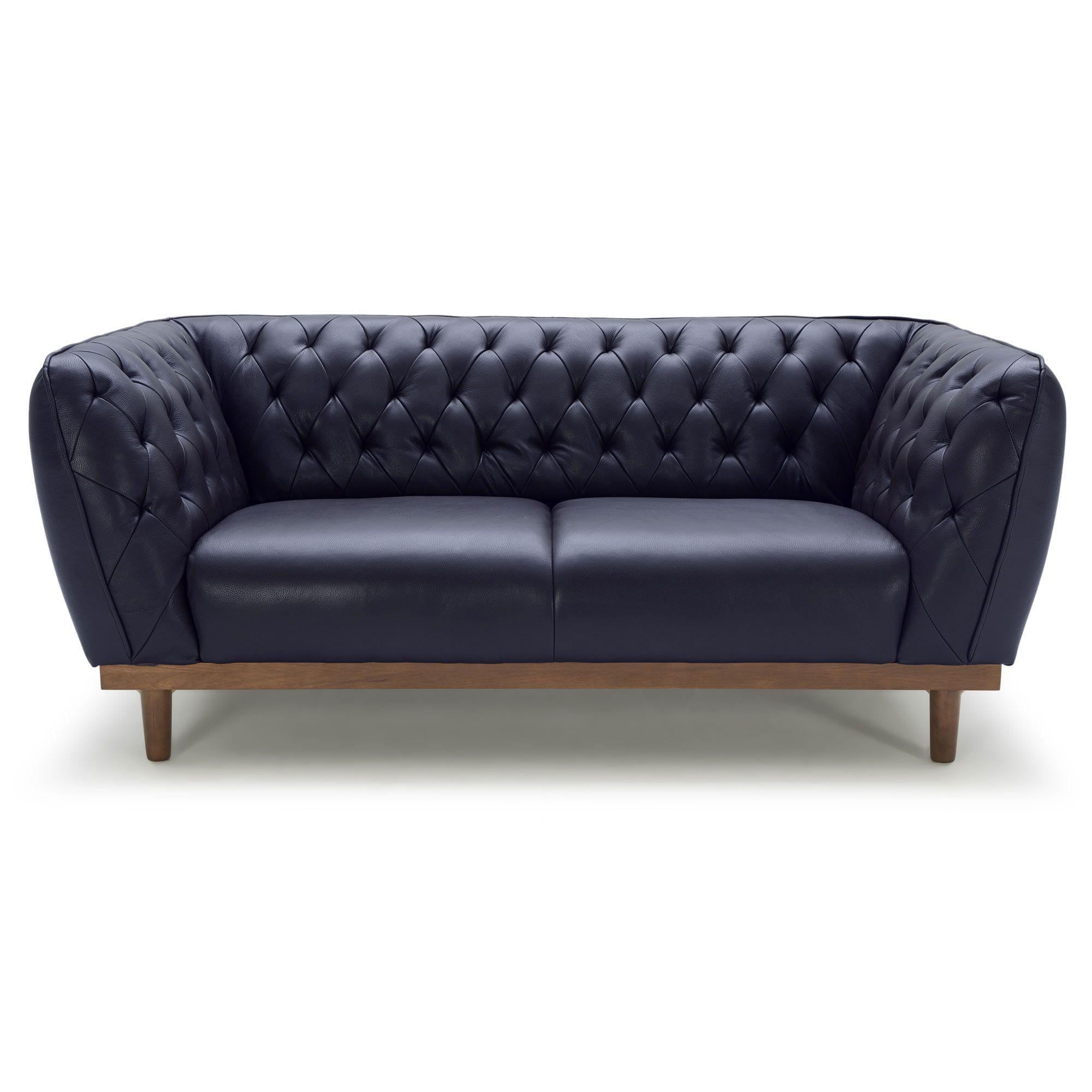 canap chesterfield fixe en cuir de vachette capitonn pieds bois ethan au salon. Black Bedroom Furniture Sets. Home Design Ideas