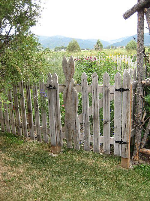 Peter Rabbit's Garden  (picket fence)