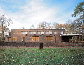 Kunstmuseen Krefeld Haus Esters Mies Van Der Rohe Exterior Design