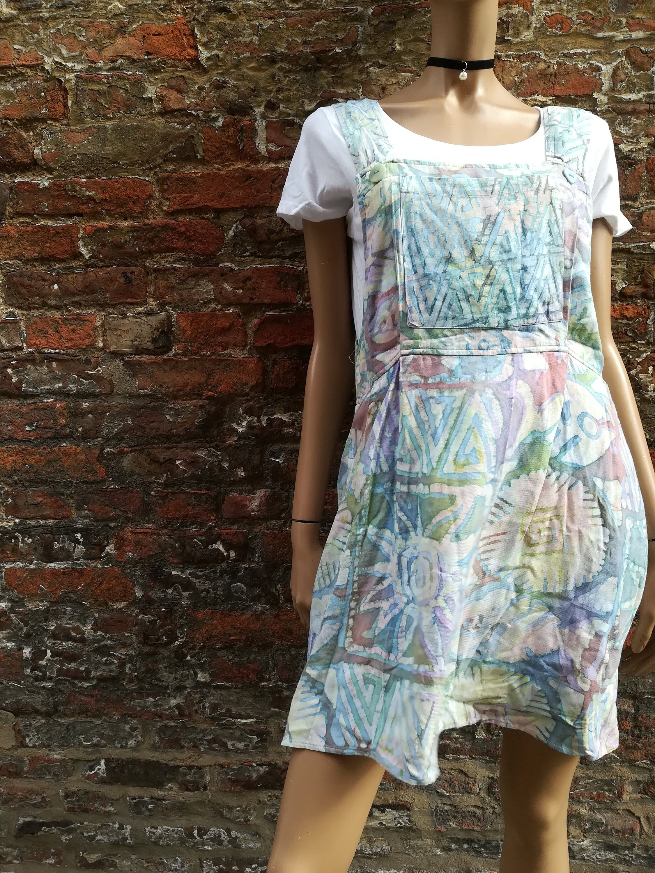 Vintage 90s Winter Sun Boho Hippie Print Grunge Pinafore Dress With Pockets Uk 12 14 This Is The Perfect Indie Dresses Hippie Dresses Boho Festival Fashion