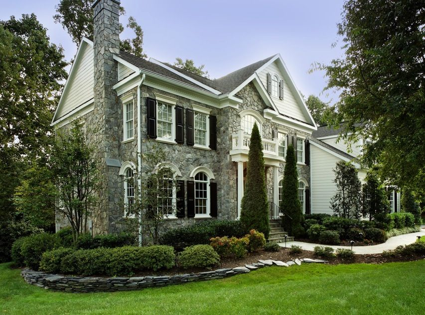 Guest Blogger: Curb Appeal Ideas for your Autumn Landscaping