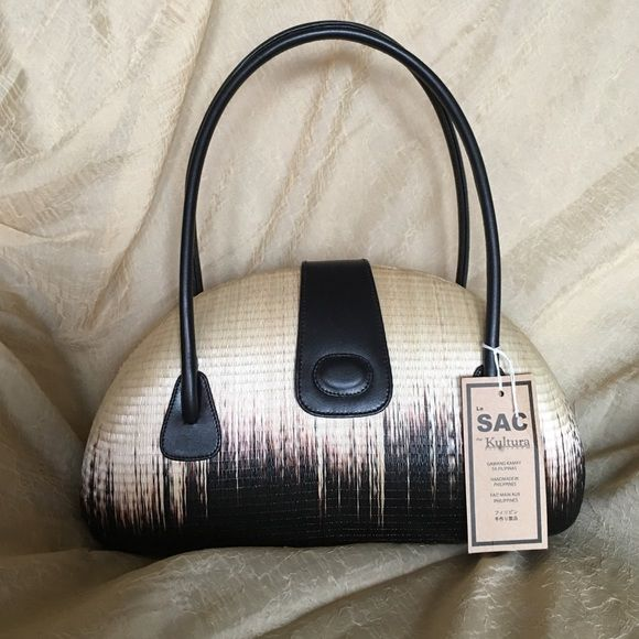 Le Sac Hardshell Handbag Nwt Beautiful Never Used Handwoven And Purchased In The Philippines Use Too Unique To Leave Hidden Closet