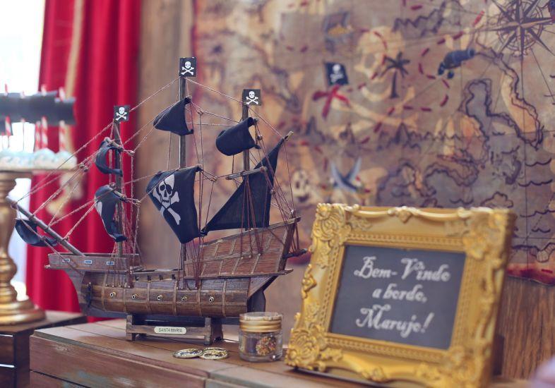 Festa para meninos decorada com o tema piratas   Bakulele