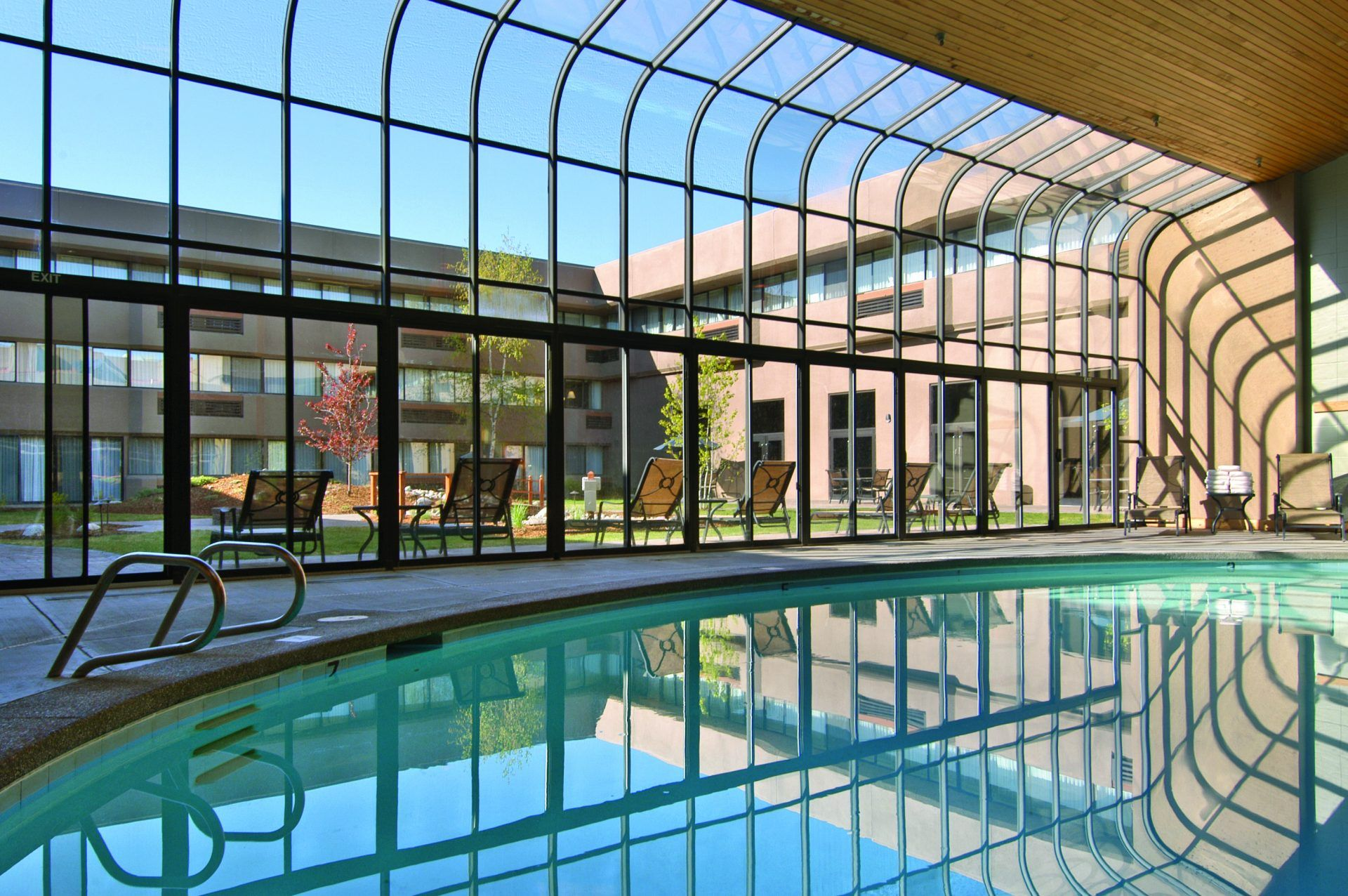Hotel in Kalispell, MT 59901 | Red Lion Hotels | Red lion hotel, Kalispell,  National parks