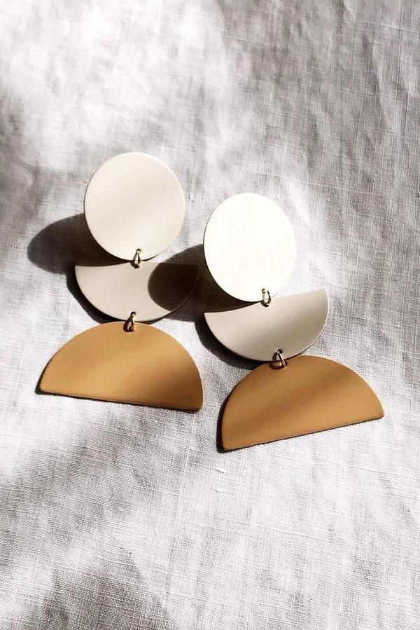 Photo of Mabel and Moss Sunset Earrings – Putty