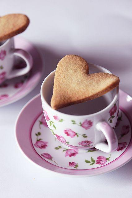 Waiting for Saint Valentine #biscuit #love #pink #saintvalentine #food #breakfast #pink